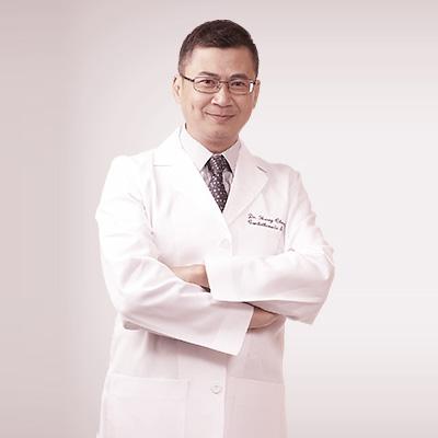 http://pedderclinic.hk/sc/wp-content/uploads/sites/3/profile-henry-hc-cheung.jpg