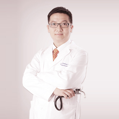 https://pedderclinic.hk/tc/wp-content/uploads/sites/2/profile-clarence-leung.jpg