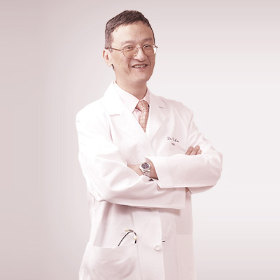 https://pedderclinic.hk/tc/wp-content/uploads/sites/2/profile-lau-wing-kee-peter.jpg